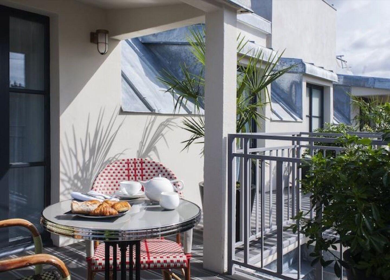 03_04_09_493_Hotel_eiffel_blomet_terrasse.jpg