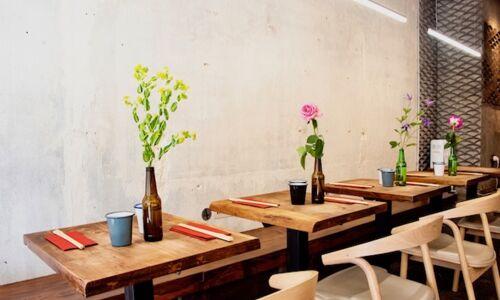 09_30_11_302_restaurant_trois_fois_plus_de_piment_saint_germain_paris.jpeg