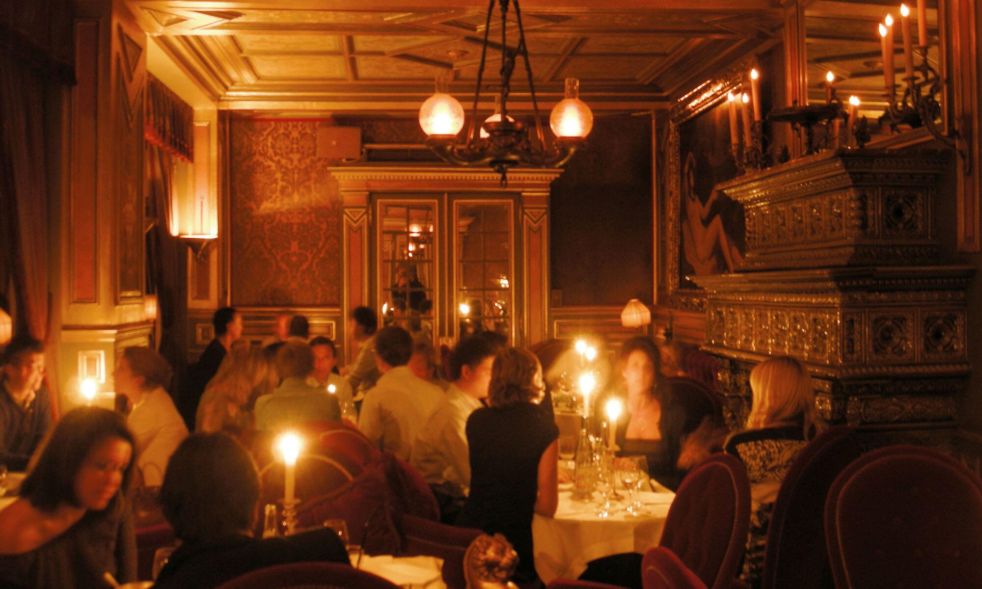 11_06_13_198_restaurant_h_tel_costes_Arno_Nollen.jpeg