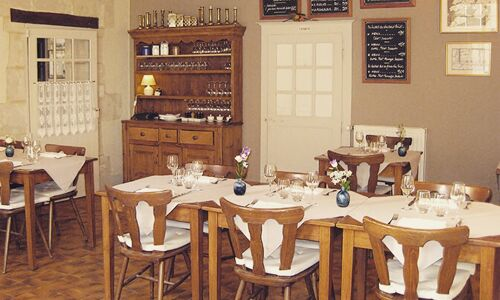 11_34_06_820_restaurant_chez_miton_chahaignes_Chez_Miton.JPG