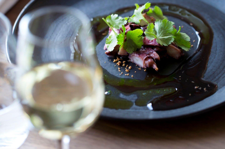 11_54_16_369_restaurant_auberge_sur_les_bois_cave_annecy.jpg