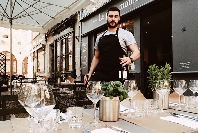 12_48_03_641_restaurant_le_petit_moulin_martel_Le_Petit_Martel.jpg