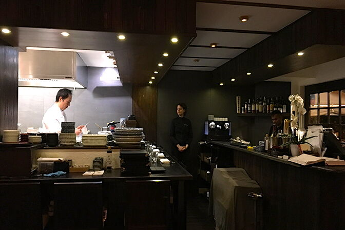14_57_07_985_restaurant_kura_paris_Camille_Pierrard.jpg