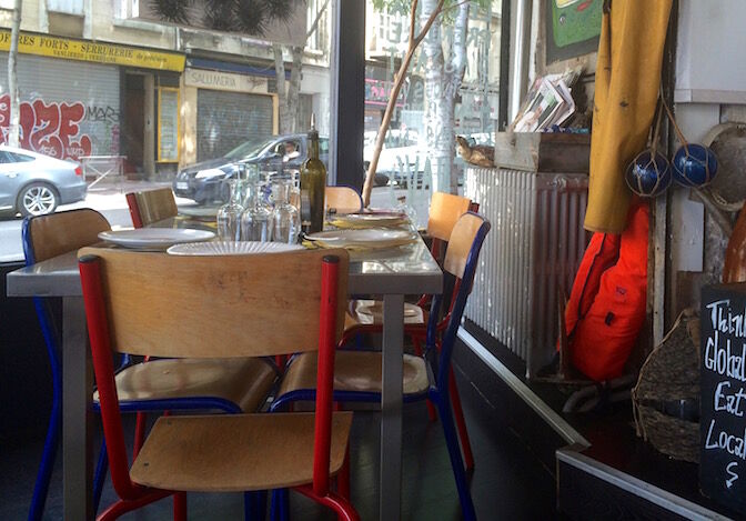 15_24_34_123_restaurant_boite_a_sardine_marseille1.jpg