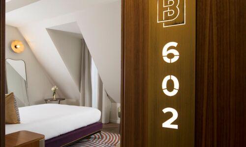 15_29_17_576_Maison_Bre_guet_chambre_Paris_11.jpg