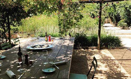 16_39_43_285_restaurant_LaChassagnette_arles.jpg