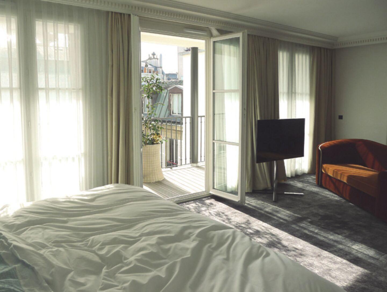 16_51_56_599_hotel_les_bains_paris.jpg