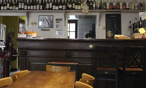 16_56_53_941_restaurant_ptit_gouter_sury_en_vaux.jpg