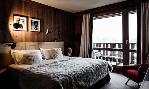 17_55_19_924_hotel_trois_valle_es_courchevel.jpg