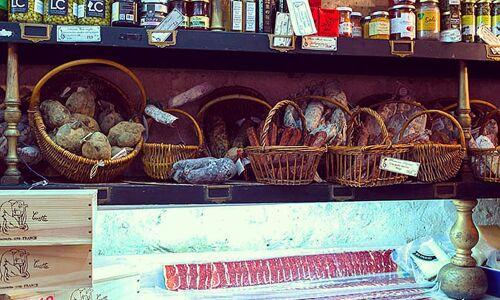 18_18_56_211_restaurant_caract_re_de_cochon_paris_2.jpeg