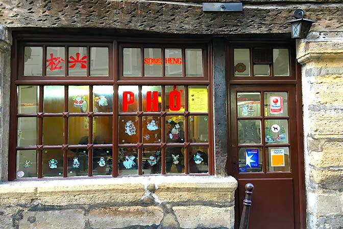 18_27_28_849_restaurant_songheng_paris.jpg