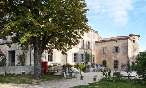 19_08_29_983_La_Grande_Maison_Montmeyranv3.jpg