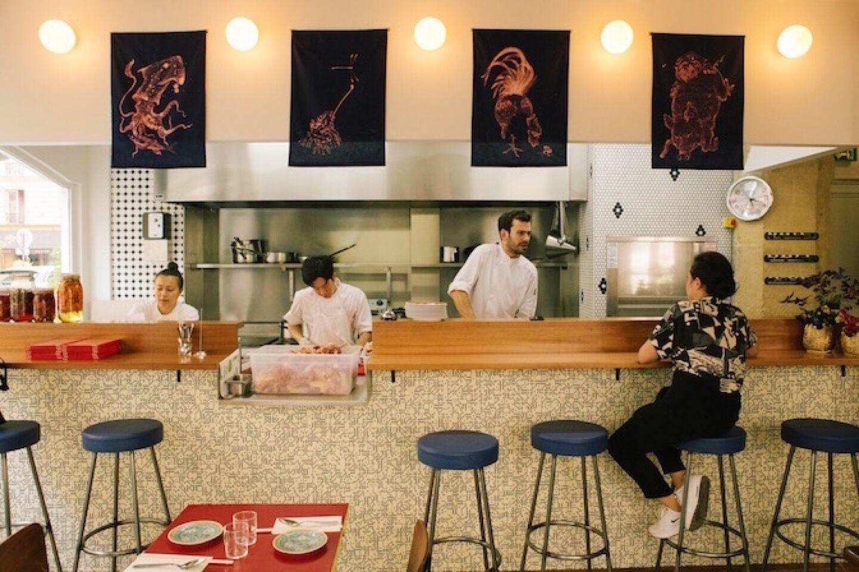 21_21_23_871_restaurant_double_dragon_paris.jpeg